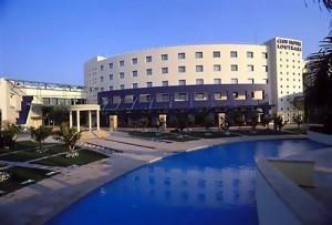 Club Hotel Casino Loutraki: Exterior View