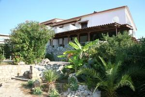 Hotel Navarone: Outside View