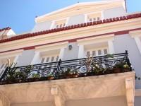 Plaka: Imposing Façade with balcony