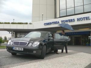Corinthia Towers Hotel: Limousine Service