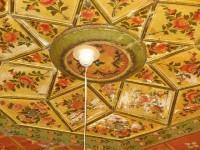 Λαογραφικό Μουσείο Καστοριάς: Διακοσμημένη οροφή ενός από τους Οντάδες