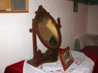Λαογραφικό Μουσείο Καστοριάς: Παραδοσιακός καθρέπτης