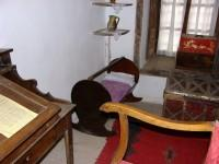 Λαογραφικό Μουσείο Καστοριάς: Καλό Παιδικό Δωμάτιο με την κούνια