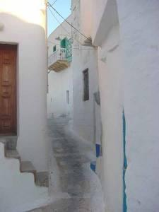 Astypalea narrow winding alleys