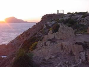 4 Days / 3 Nights: Athens (3 nights), plus Cape Sounion Tour; 1-Day Saronic Island Cruise; 1-Day Delphi Tour; Athens City Tour