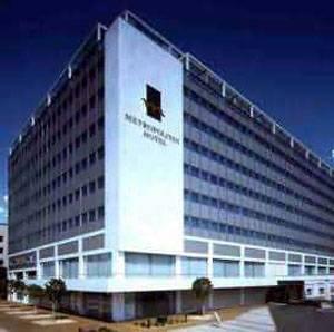 Metropolitan Hotel Exterior