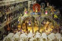 Φαντασμαγορικό καρναβάλι στο Ρίο ντε Τζανέιρο