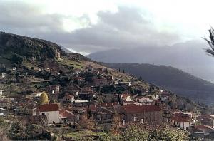 Κορινθία: Το χωριό Γκούρα
