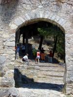 Το Κάστρο της Ναυπάκτου, Μεσαίο διάζωμα