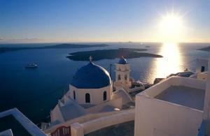 4 Days / 3 Nights: Santorini (3 nights), plus Santorini Island Tour