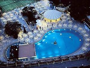 Hilton Istanbul Swimming Pool