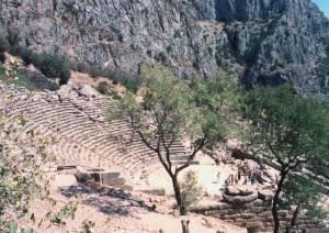 8 Days / 7 Nights: Athens (2 nights), plus City Tour – Delphi (1 night) - Kalambaka (1 night) - Volos (2 nights) - Athens (1 night)