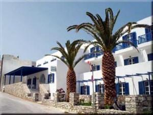 Adonis Hotel, Apollonas